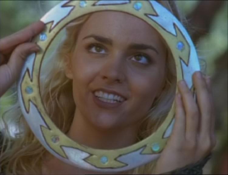 Hudson Leick in una scena dell\'episodio Xena e la vendetta di Callisto di Xena