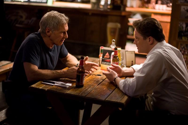 Il dottor Robert Stonehill (Harrison Ford) e John Crowley (Brendan Fraser) cercano insieme una cura nel film Extraordinary Measures