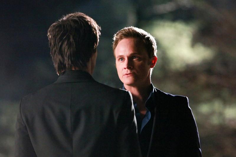 Ian Somerhalder faccia a faccia con David Anders nell'episodio Under Control di The Vampire Diaries