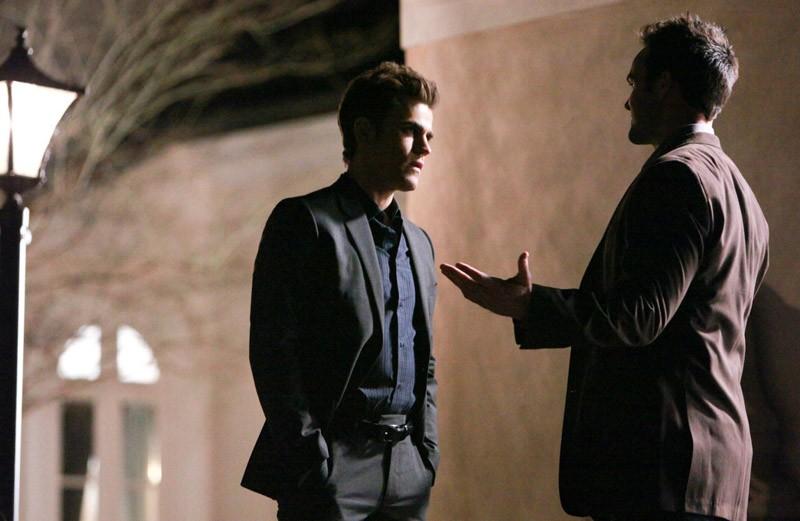 Stefan (Paul Wesley) durante una discussione in una scena dell'episodio Under Control di The Vampire Diaries