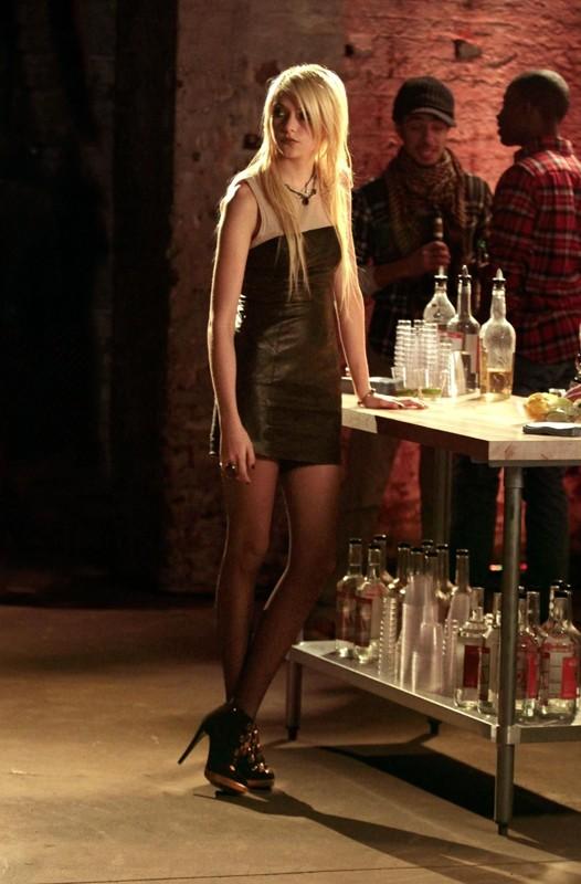 La piccola J (Taylor Momsen) nell'episodio Dr. Strangeloved di Gossip Girl