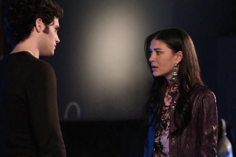 Penn Badgley e Jessica Szohr in una sequenza dell'episodio Dr. Strangeloved di Gossip Girl