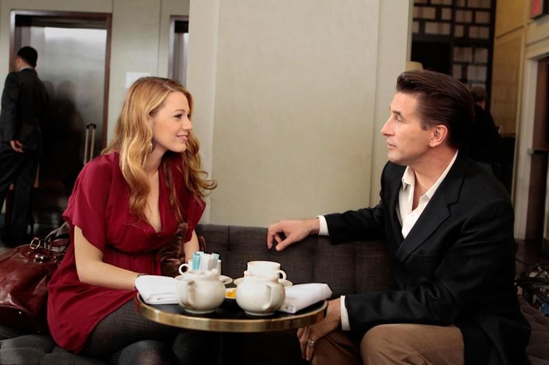 Serena (Blake Lively) parla con il padre: William van der Woodsen (William Baldwin) nell'episodio Dr. Strangeloved di Gossip Girl