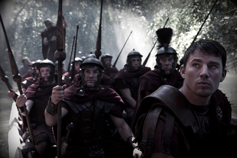 Marcus Aquila (Channing Tatum) e la sua armata in una scena del film The Eagle of the Ninth