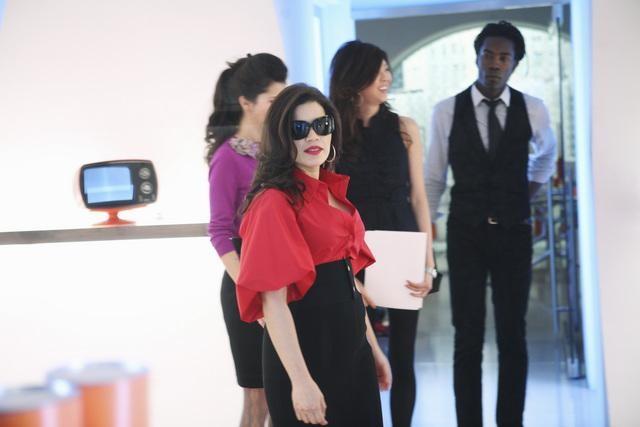 Ugly Betty: America Ferrera in una scena dell'episodio Million Dollar Smile