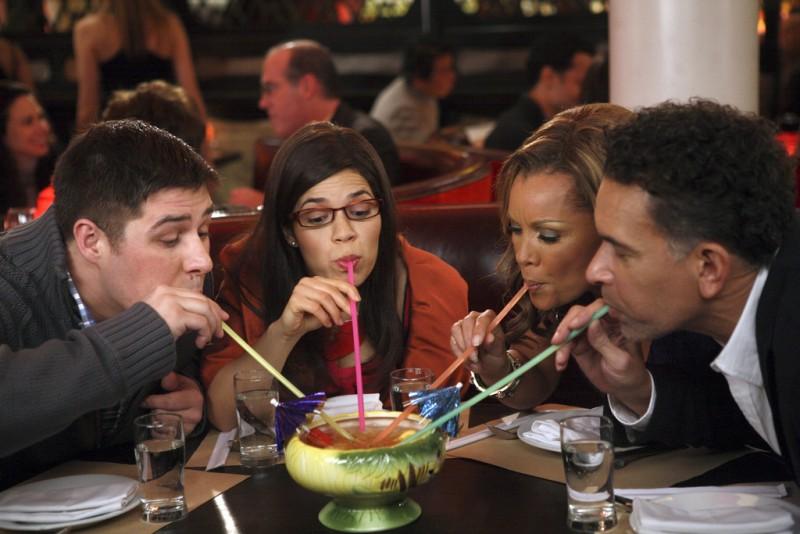 Ugly Betty: Rich Sommer, Brian Stokes Mitchell, Vanessa Williams ed America Ferrera nell'episodio Fire and Nice