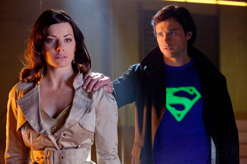 Erica Durance e Tom Welling in una scena dell'episodio Charade di Smallville