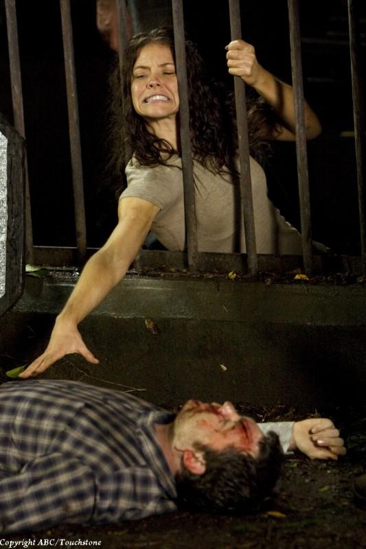 Evangeline Lilly in una scena dell'episodio The Cadidate di Lost