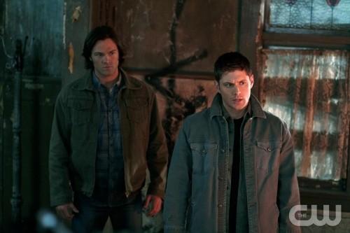 Jared Padalecki e Jensen Ackles in una scena dell'episodio The Devil You Know di Supernatural