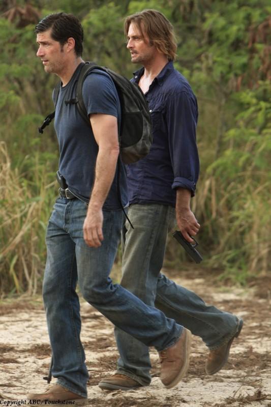 Josh Holloway e Matthew Fox nell'episodio The Cadidate di Lost