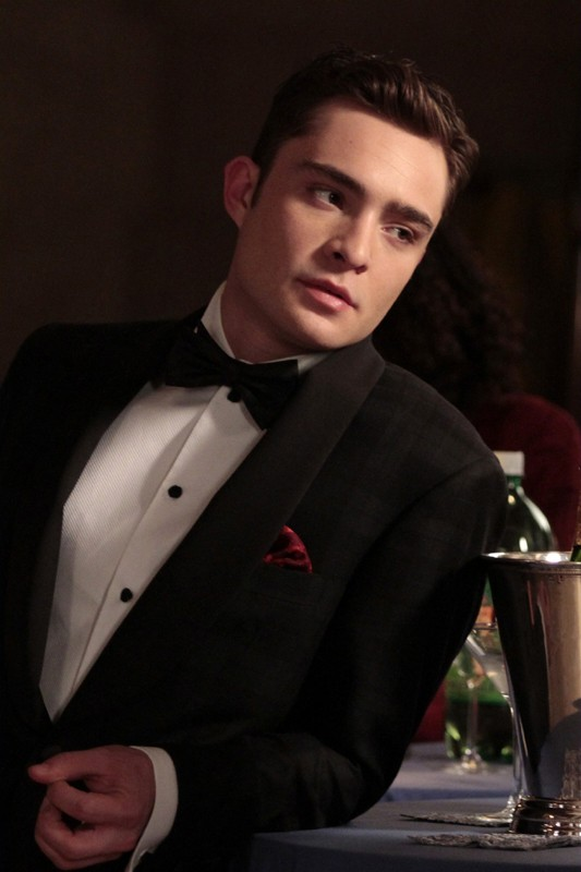 Chuck (Ed Westwick) in un momento dell'episodio It's a Dad, Dad, Dad, Dad World  di Gossip Girl