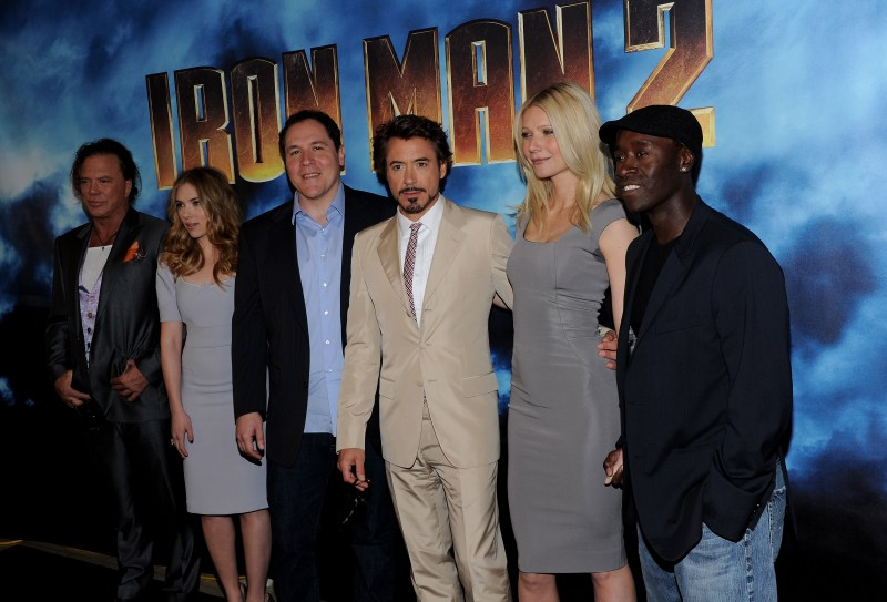 Don Cheadle, Robert Downey Jr., Gwyneth Paltrow, Mickey Rourke, Jon Favreau, Scarlett Johansson al photocall di Iron Man 2 a Los Angeles