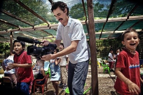 Edoardo Winspeare sul set del suo film Sotto il Celio Azzurro (2009)