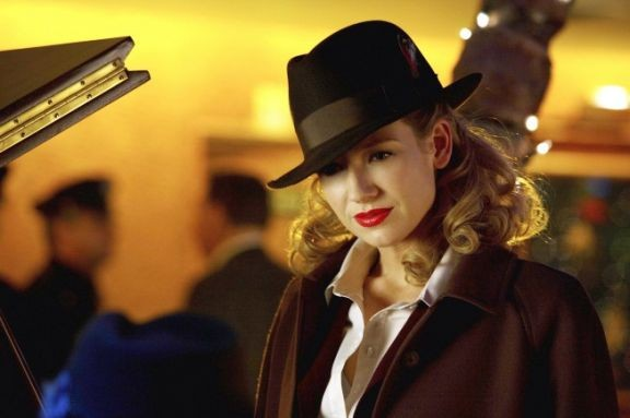 Fringe: Anna Torv nell'episodio musicale Brown Betty