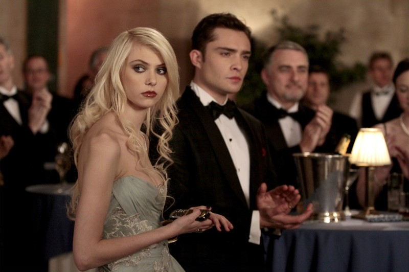 Jenny (Taylor Momsen) e Chuck (Ed Westwick) nell'episodio It's a Dad, Dad, Dad, Dad World di Gossip Girl