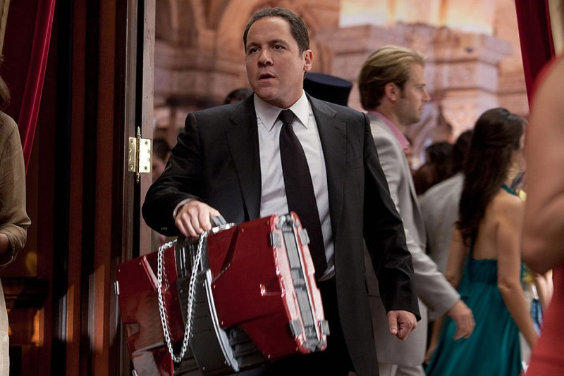 Jon Favreau in una scena del film Iron Man 2