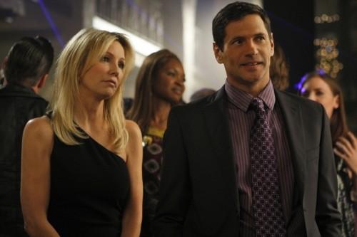 Melrose Place: Thomas Calabro e Heather Locklear nell'episodio Santa Fe