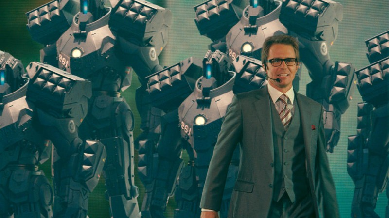 Sam Rockwell in un'immagine del film Iron Man 2