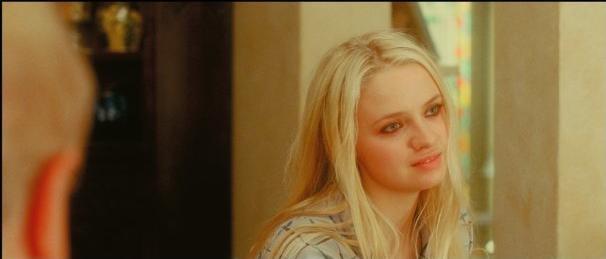 Sara Forestier in un'immagine tratta dal film Gli amori folli