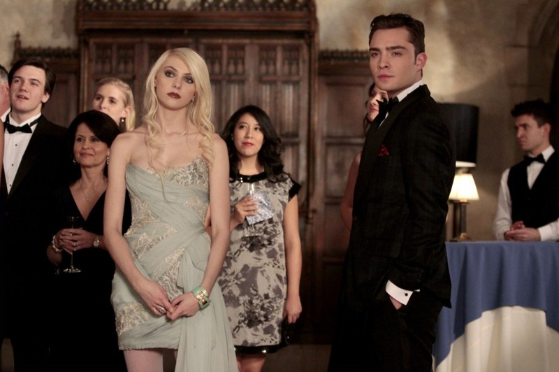 Taylor Momsen e Ed Westwick in una scena dell'episodio It's a Dad, Dad, Dad, Dad World di Gossip Girl
