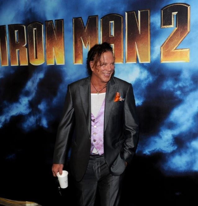 Un'immagine di Mickey Rourke dal photocall di Iron Man 2 a Los Angeles