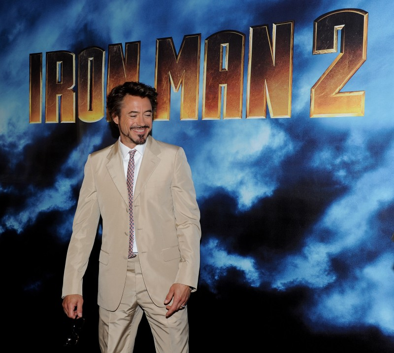 Un sorridente Robert Doney Jr. dal photocall di Iron Man 2 a Los Angeles