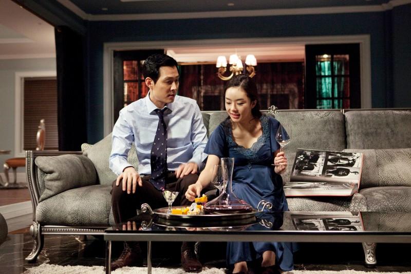 Una scena di The Housemaid diretto da  Im Sang-soo