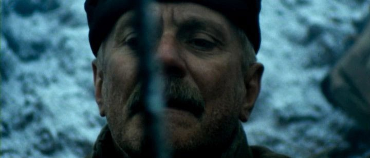 Una sequenza del film Utomlyonnye solntsem 2