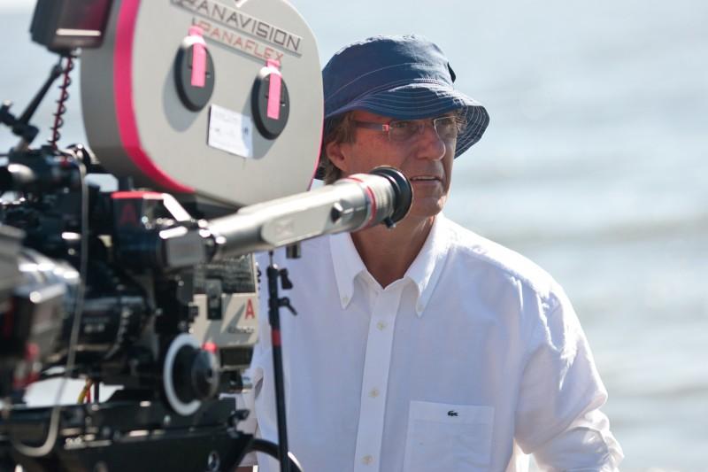Il regista Lasse Hallström sul set del film Dear John