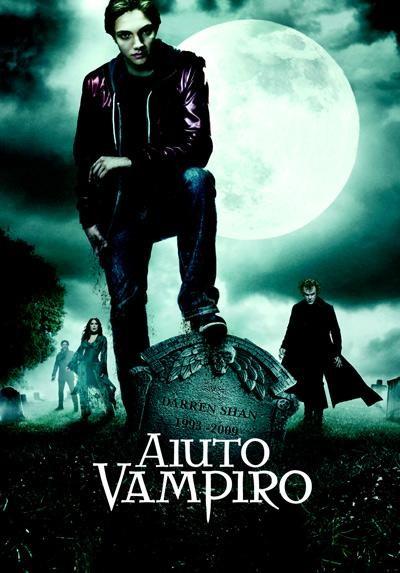 La locandina ufficiale di Aiuto Vampiro