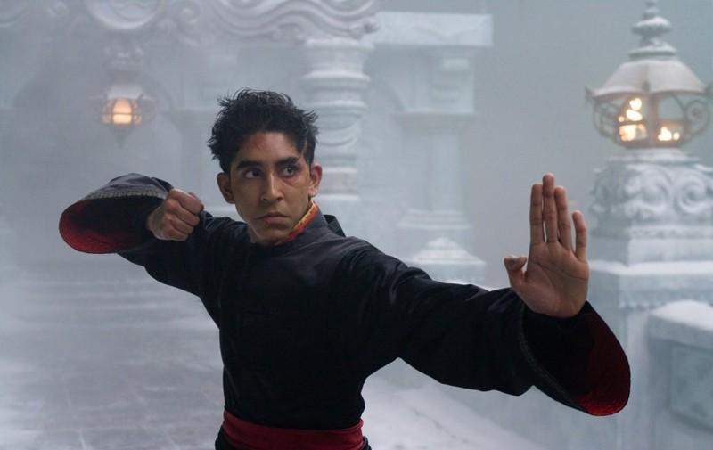 Dev Patel nel ruolo di Zuko in The Last Airbender
