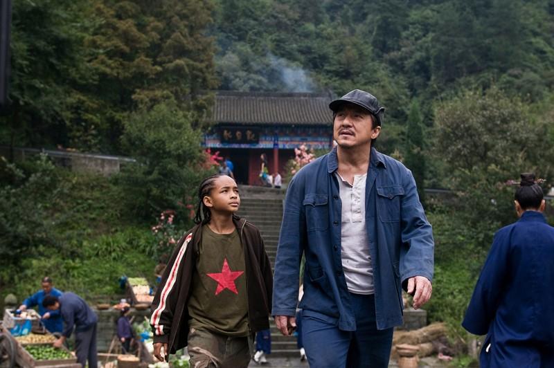 Dre (Jaden Smith) e il suo maestro Mr. Han (Jackie Chan) nel film Karate Kid