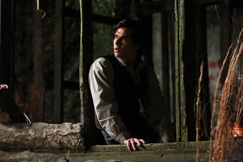 Ian Somerhalder in un flashback nel proprio passato nell'episodio Blood Brothers di The Vampire Diaries