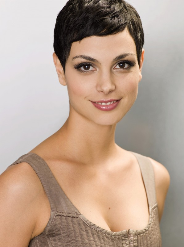 Morena Baccarin è Anna nel remake di Visitors curato dalla ABC