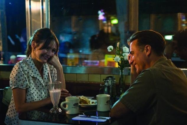 Emily Mortimer ed Andy Garcia in una scena del film City Island