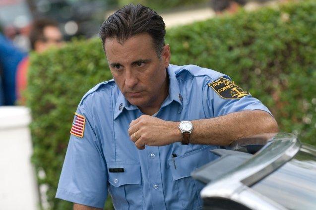 Un'immagine di Andy Garcia, protagonista della commedia City Island