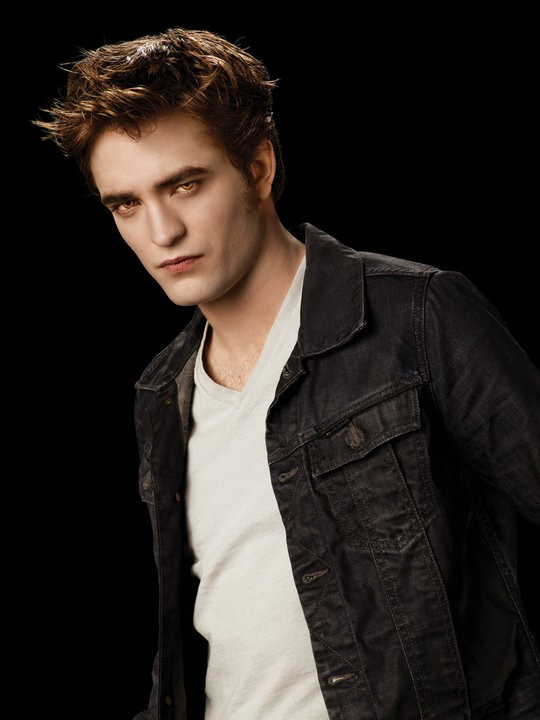 Robert Pattinson interpreta Edward Cullen in un'immagine promozionale del film The Twilight Saga: Eclipse