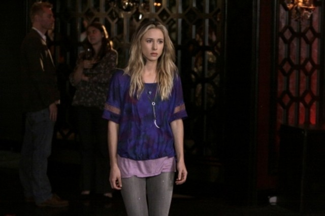 90210: Gillian Zinser in un momento dell'episodio Javianna
