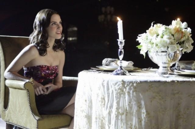 90210: Jessica Lowndes in un momento dell'episodio Javianna