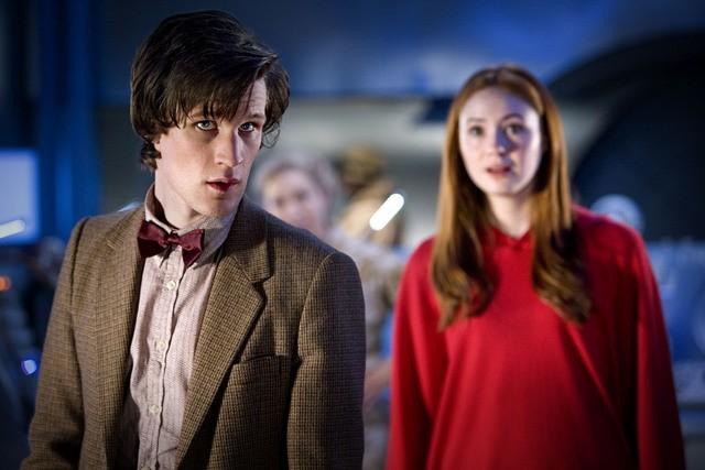 Doctor Who: Matt Smith e Karen Gillan in una scena dell'episodio Flesh and Stone