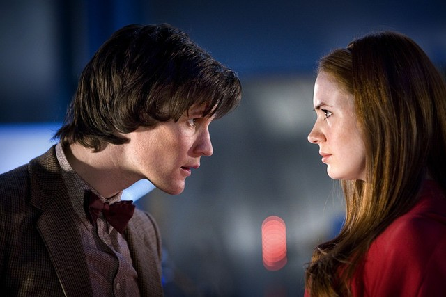 Doctor Who: Matt Smith e Karen Gillan nell'episodio Flesh and Stone