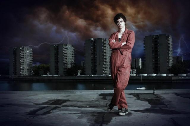 Robert Sheehan è Nathan in una foto promozionale di Misfits