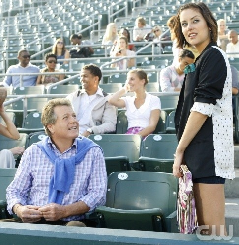 Ryan O'Neal e Jessica Stroup nell'episodio Multiple Choices di 90210