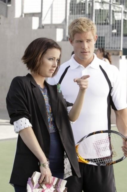 Trevor Donovan e Jessica Stroup nell'episodio Multiple Choices di 90210