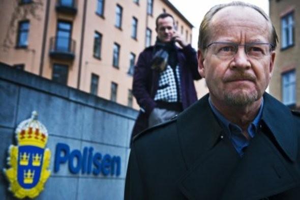 Castelli Di Cartone Film : Micke spreitz è il pericoloso ronald niedermann nel film la regina