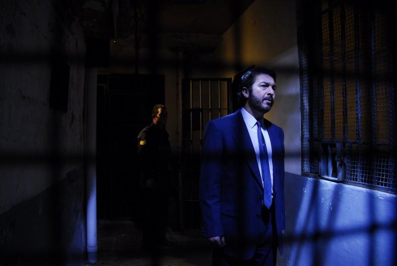 Benjamín Espósito (Ricardo Darín) tra le ombre del passato nel film Il segreto dei suoi occhi
