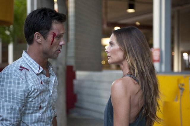 Burn Notice: Jeffrey Donovan e Gabrielle Anwar nell'episodio Devil You Know