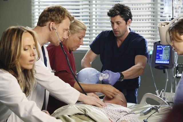 Grey's Anatomy: Kim Raver, Kevin McKidd e Patrick Dempsey nell'episodio Hook, Line and Sinner