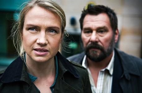 Castelli Di Cartone Film : Johan kylén e tanja lorentzon indagano nel film la regina dei
