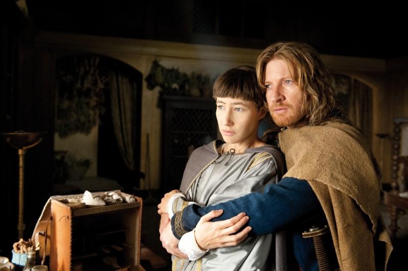 Johanna Wokalek e David Wenham in un'immagine del film La Papessa
